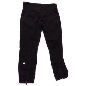Lululemon Sz 6 black pants